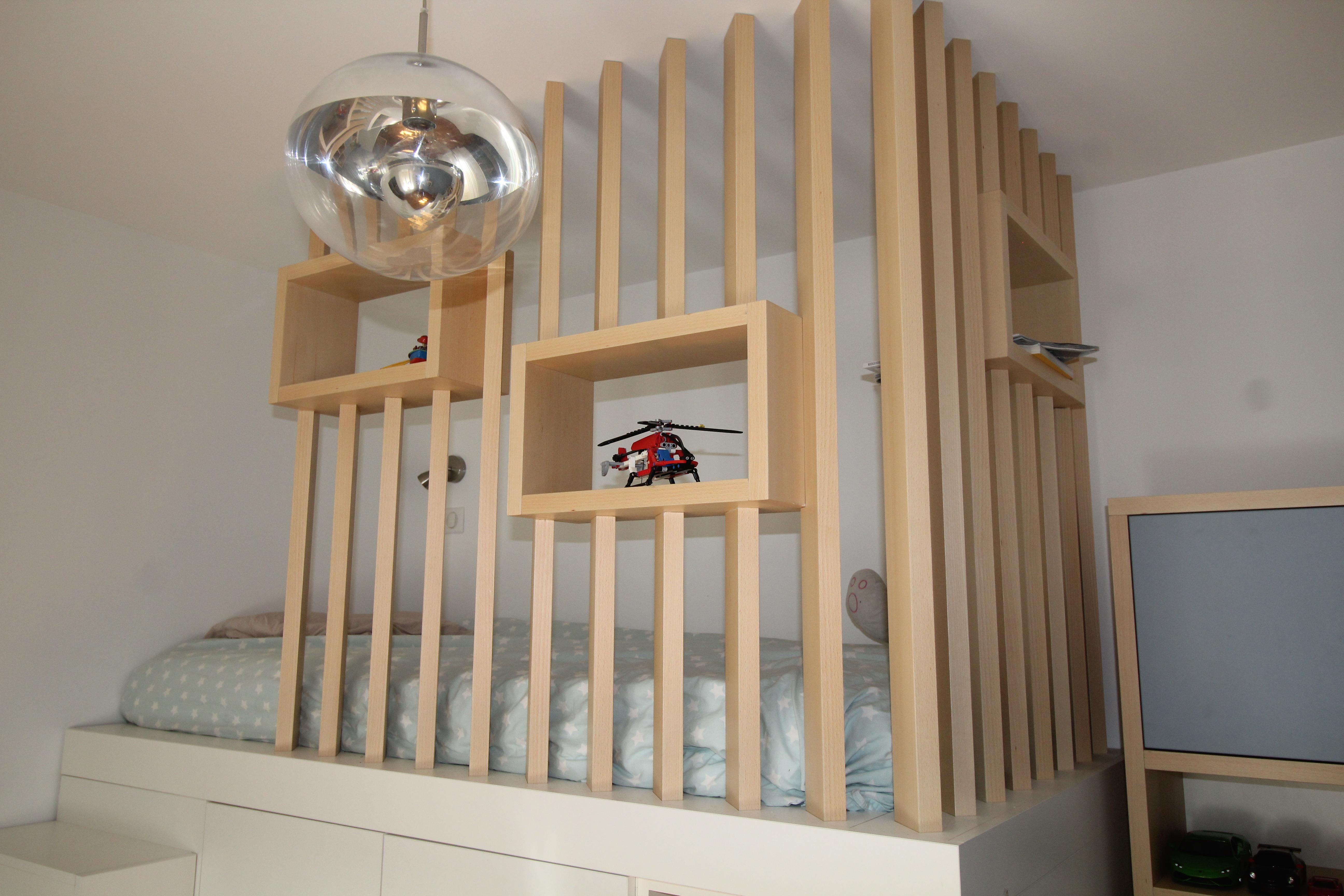 Aménagement d une chambre d adolescent avec un lit cabane en