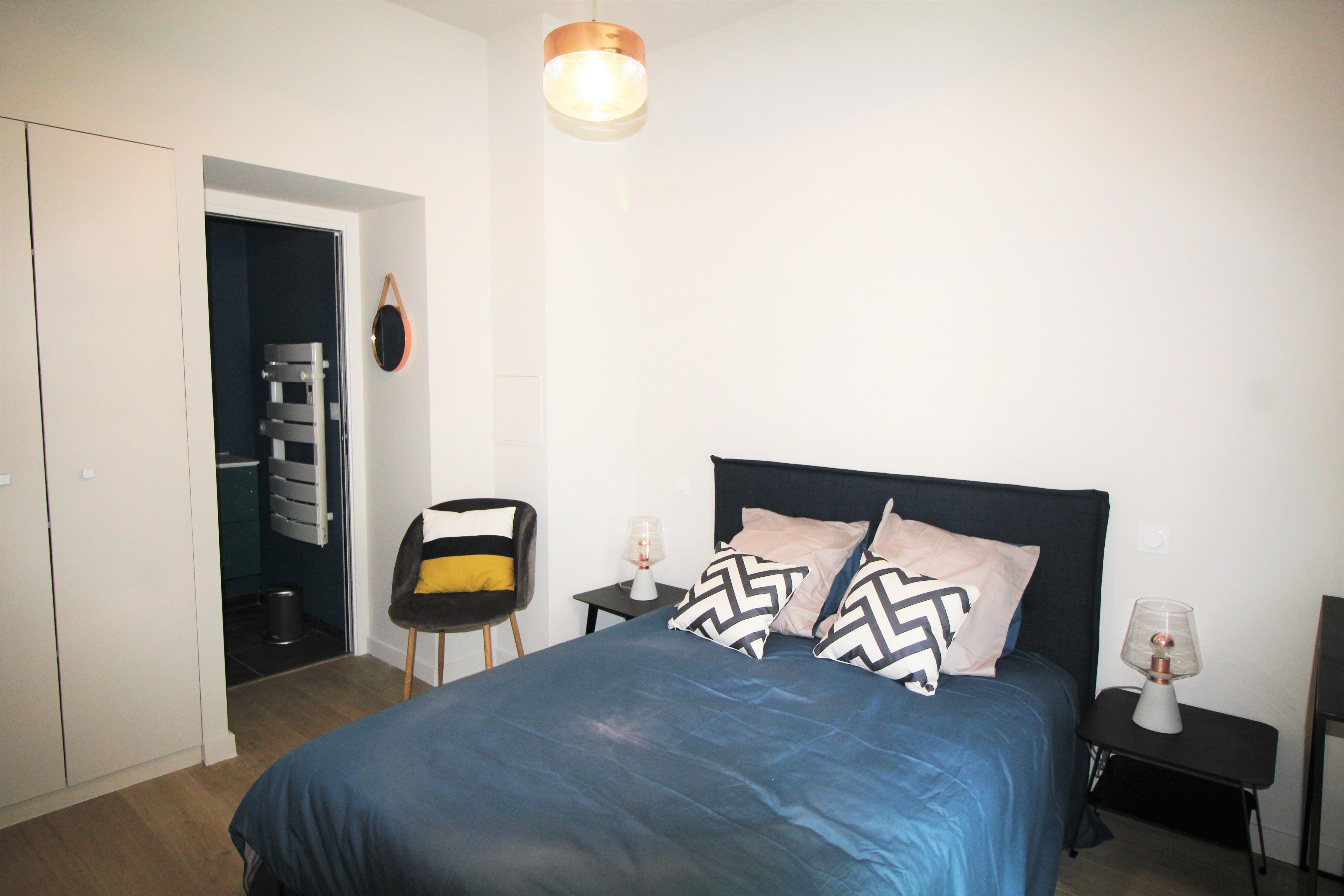 am nagement d 39 un appartement lyon 6 vertinea. Black Bedroom Furniture Sets. Home Design Ideas