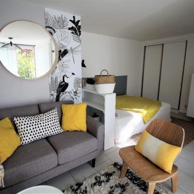 Studio réaménagé dans un style bohème chic - Décoration intérieure, aménagement, rénovation et suivi de chantier Vertinea à Lyon
