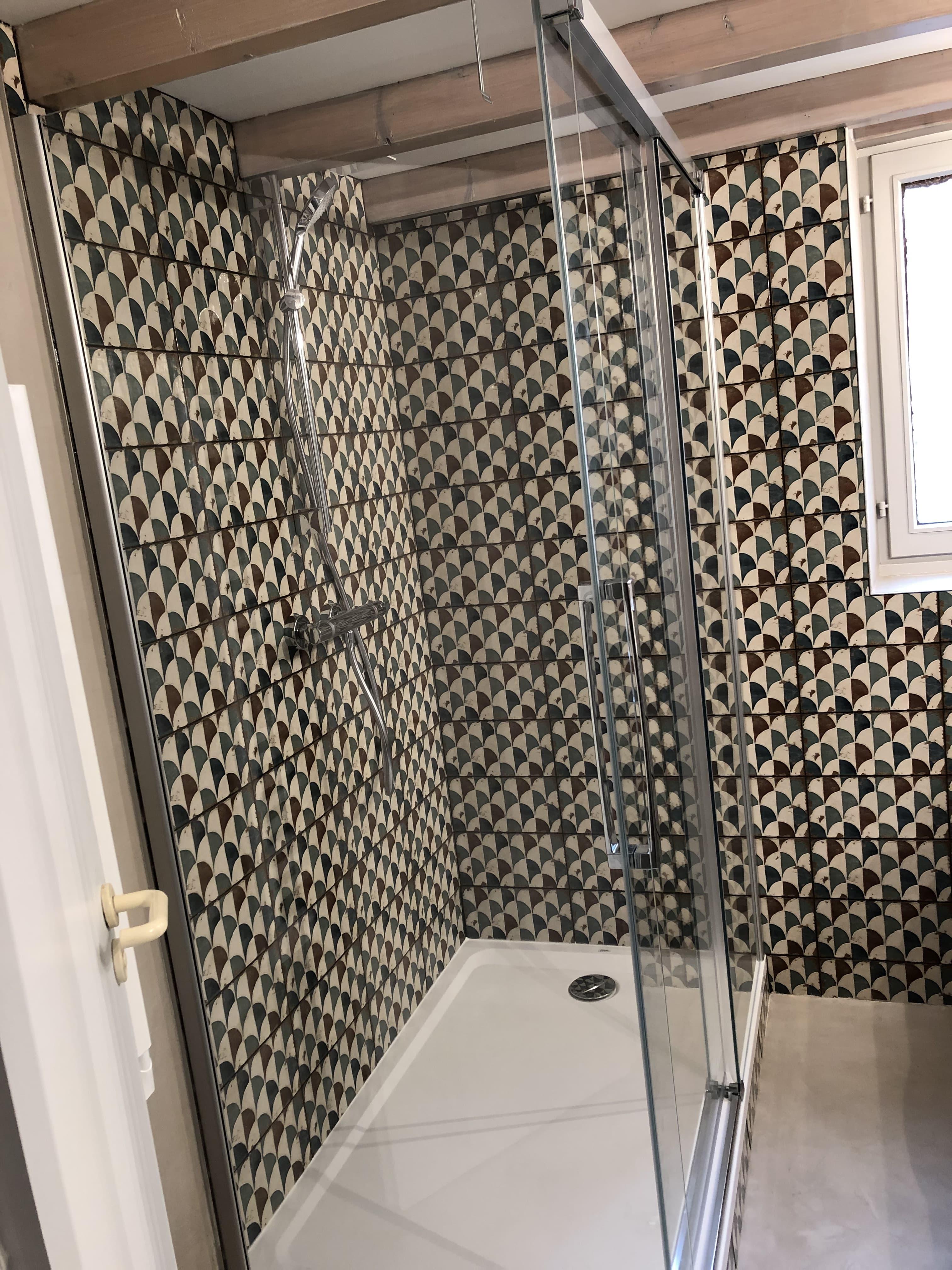 Rénovation d\'une salle de bain, décoration ethnic chic de ...