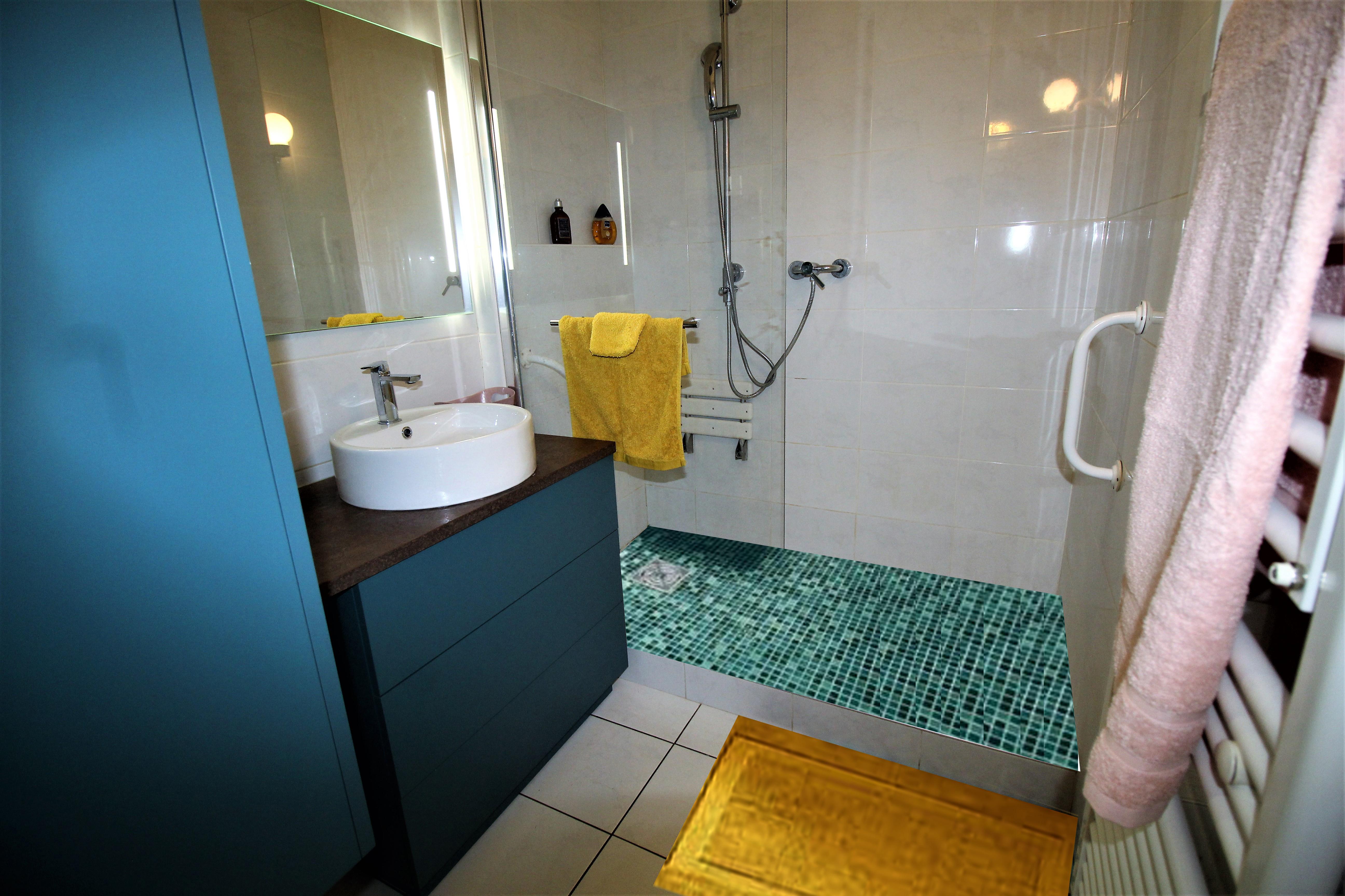 Couleur Vert Salle De Bain rénovation d'une salle de bain couleur émeraude à sainte foy